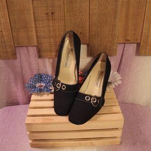 Madeline Figment Buckle Pump Heels Shoes 9M